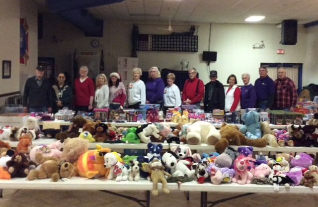 ToyDistributionDay volunteers